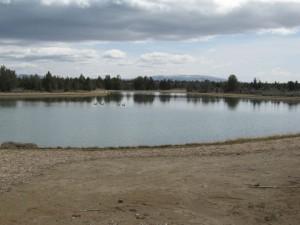 instalación de geotextil en estanque de golf2