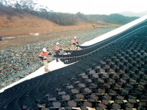 confinamiento celular sobre el geotextil